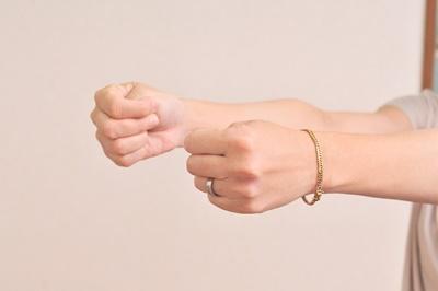 ばね指腱鞘炎痛み辛いステロイド