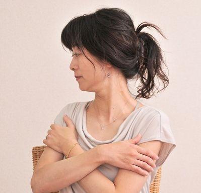 背中の痛み右 (2)